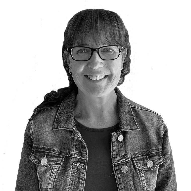 Teanna Hendriks , Group Accounts Assistant